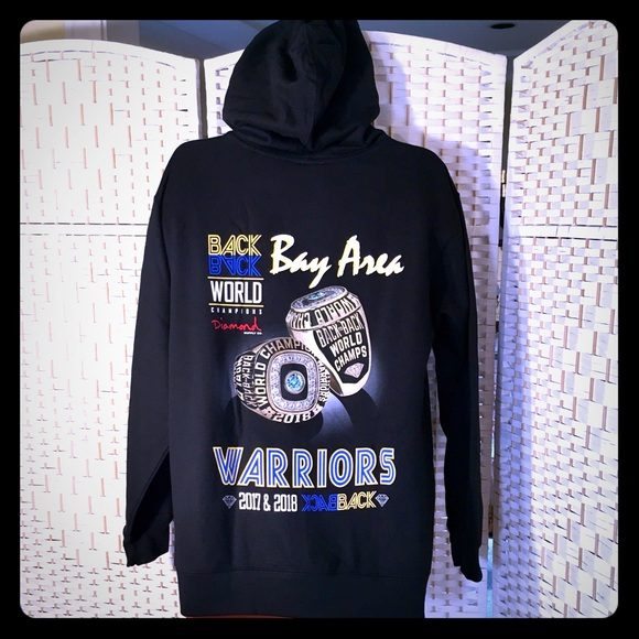 purchase cheap 8dede 2e404 Golden State Warriors Championship Hoodie NWT